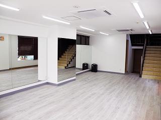 川崎スタジオ1階